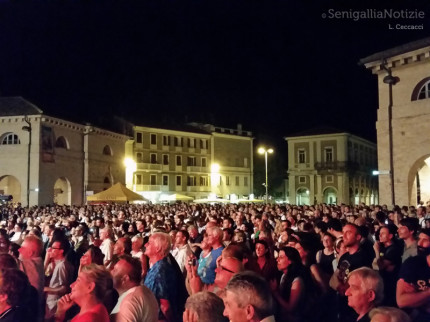Folla al Summer Jamboree 2014 a Senigallia