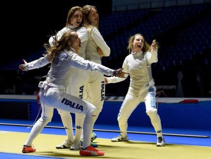 Fioretto femminile oro ai Mondiali di Mosca