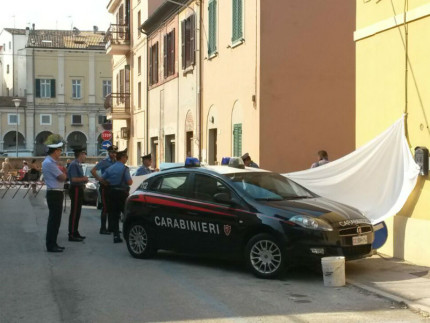 Cadavere trovato in via Smirne a Senigallia