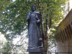 Statua di Federico II a Jesi