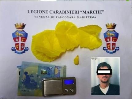 Arresto per spaccio di eroina