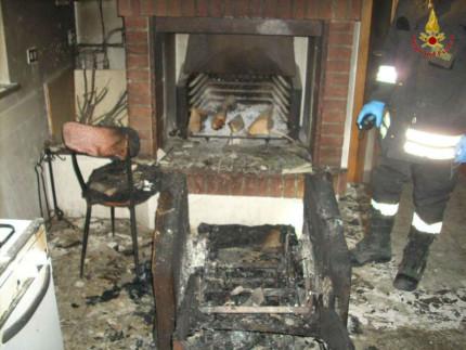 Anziano morto nell'incendio del suo camino a Montecarotto