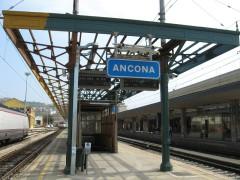Stazione ferroviaria di Ancona