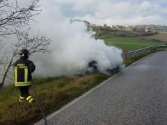 Incendio vettura a Filottrano
