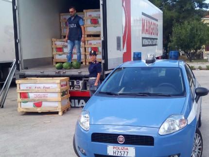 Controlli della Polizia al porto di Ancona