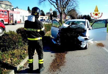 Uno dei mezzi coinvolti nell'incidente a Montemarciano