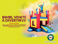 Divertiti con i gonfiabili all'Ipersimply Loreto