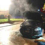 Incendio di un'automobile