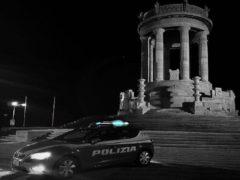 Polizia al monumento del Passetto