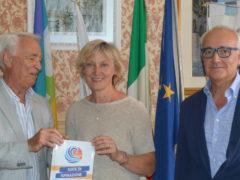 Il Rotary Club Falconara con il sindaco di Montemarciano Liana Serrani