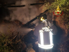Incendio in una rimessa di fieno a Fabriano