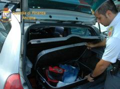 Tentativo di immigrazione clandestina al porto di Ancona