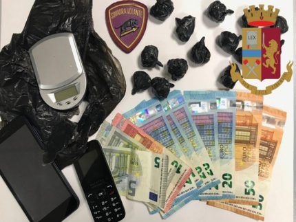 Arresto per spaccio di stupefacenti