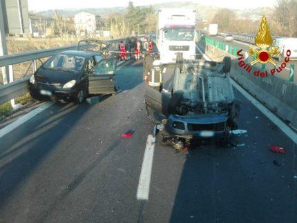 Incidenti sulla SS76 tra Moie e Castelbellino