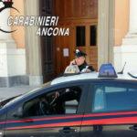 Carabinieri davanti al Duomo di Senigallia