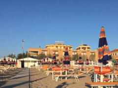 Hotel Turistica, davanti alla spiaggia di Senigallia