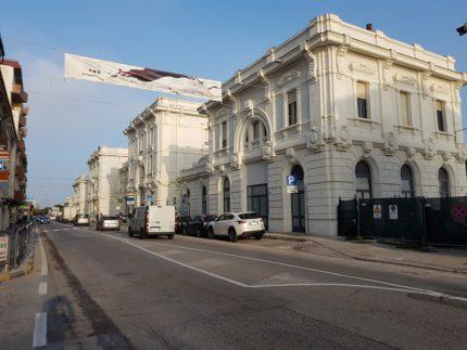 Stazione ferroviaria di Falconara