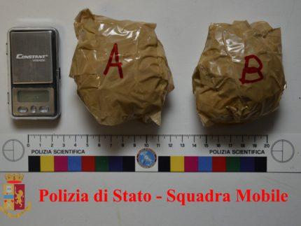 Doppio arresto per possesso di marijuana