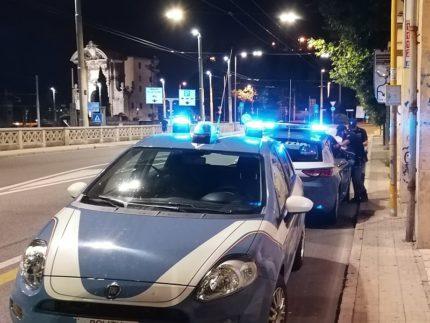 Volanti della Polizia ad Ancona