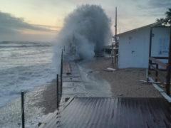 Mareggiata sul litorale di Porto Sant'Elpidio