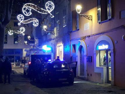 Malore fatale in piazza Simoncelli a Senigallia