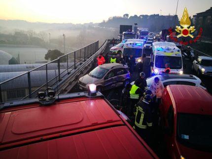 Incidente lungo l'asse Nord-Sud ad Ancona