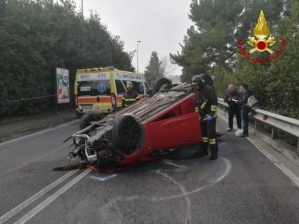 Incidente stradale a Posatora di Ancona