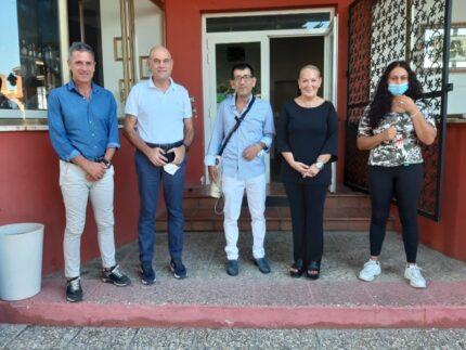 Visita del sindaco di Jesi Bacci al ristoratore vittima di razzismo