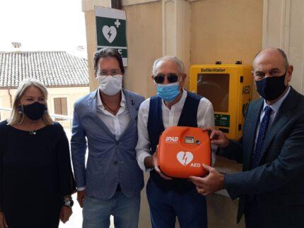 Defibrillatori donati a Jesi