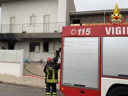 Incendio a Monte Roberto