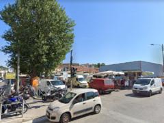 Mercato in piazza d'Armi ad Ancona