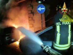Incendio di un'automobile a Fabriano