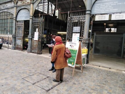Desk di AnconAmbiente davanti al Mercato delle Erbe di Ancona