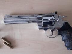 Sequestro di pistola SW