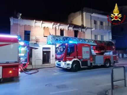 Incendio a Falconara Marittima