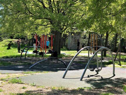Attrezzi ginnici al parco della Cittadella