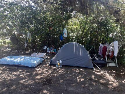 Campeggiatore abusivo sanzionato a Falconara