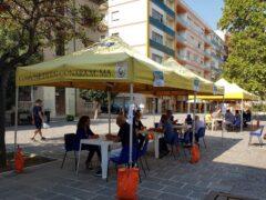 Giunta in piazza a Falconara